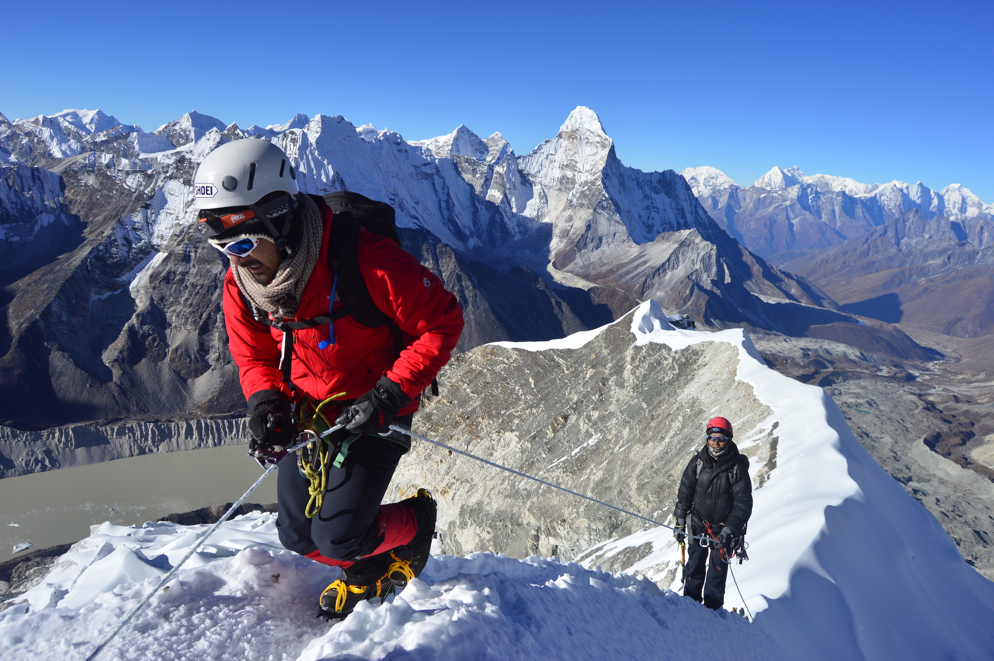 Guide d'Alpinisme pour l'ascension d'Island Peak au Népal