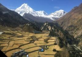 Vallé au Népal